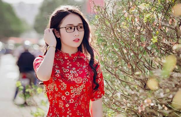 """thaohuyen7 1492822 - Soạn bài: """"Vào phủ chúa Trịnh"""" (Lê Hữu Trác) – văn lớp 11"""